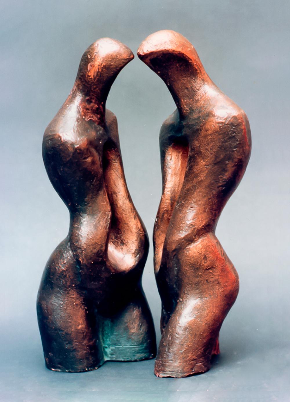 Escultura-El-abrazo-2-A-Figurativo-Abstracto-RD.Escultor