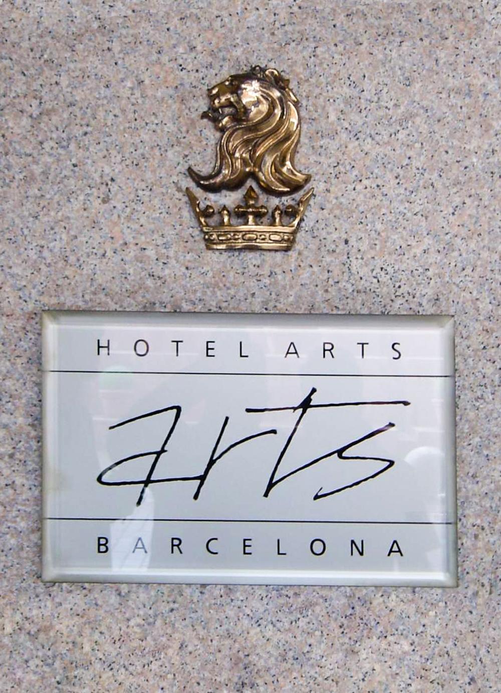 Escultura-Encargos-Hotel-Arts-A-RD.Escultor