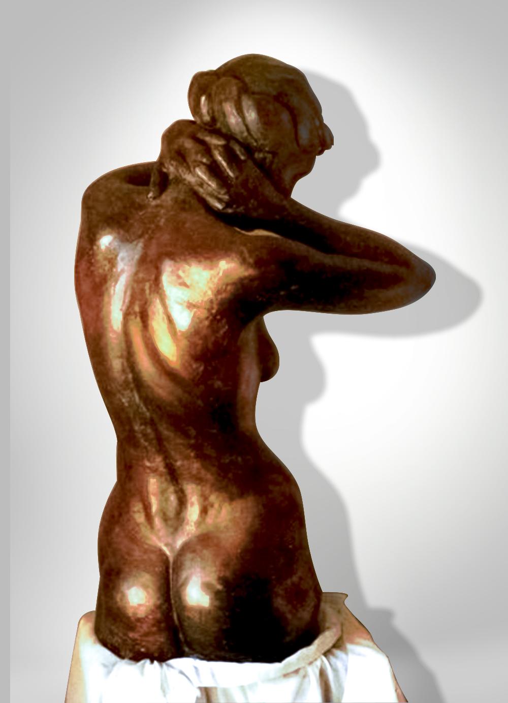 Escultura-Femenina-Bronce-B-Figurativo-Realista-RD.Escultor