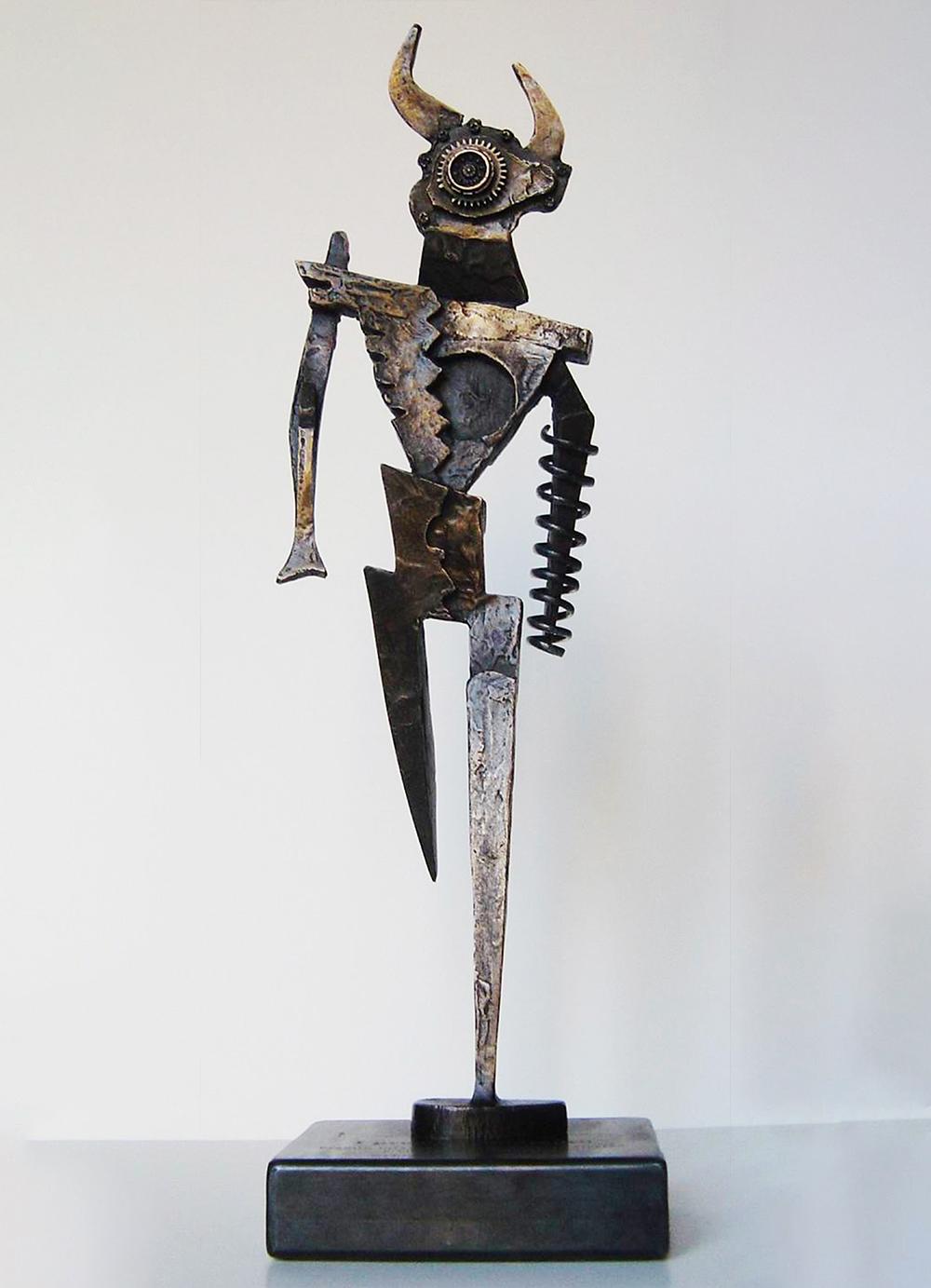 Escultura-Minotauro-A-Encargos-RD.Escultor
