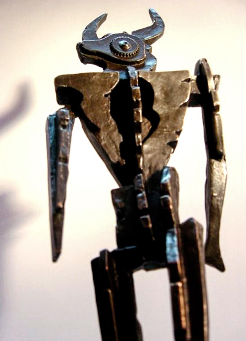 Escultura-Minotauro-D-Encargos-RD.Escultor