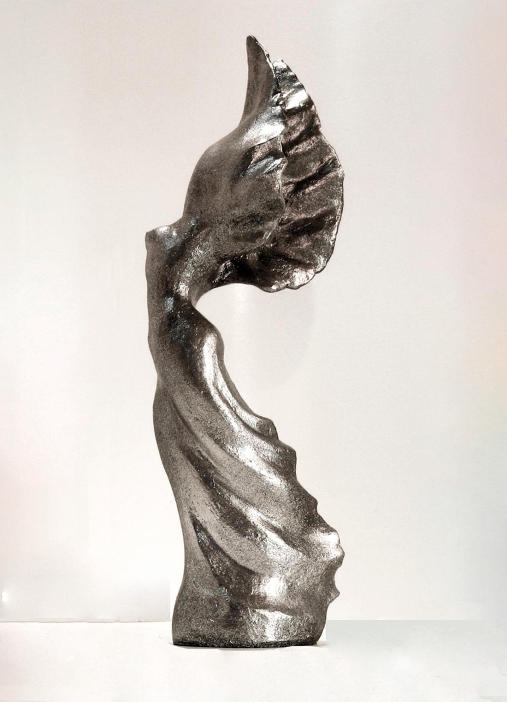 Escultura-Petit-Victoria-E-Figurativo-Abstracto-RD.Escultor