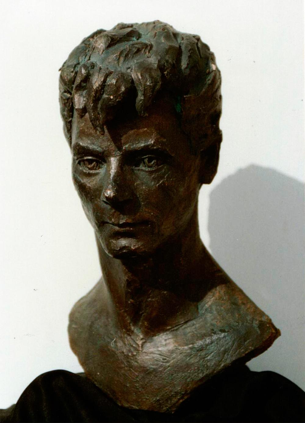 Escultura-Retrato-de-Jose-Figurativo-Abstracto-RD.Escultor