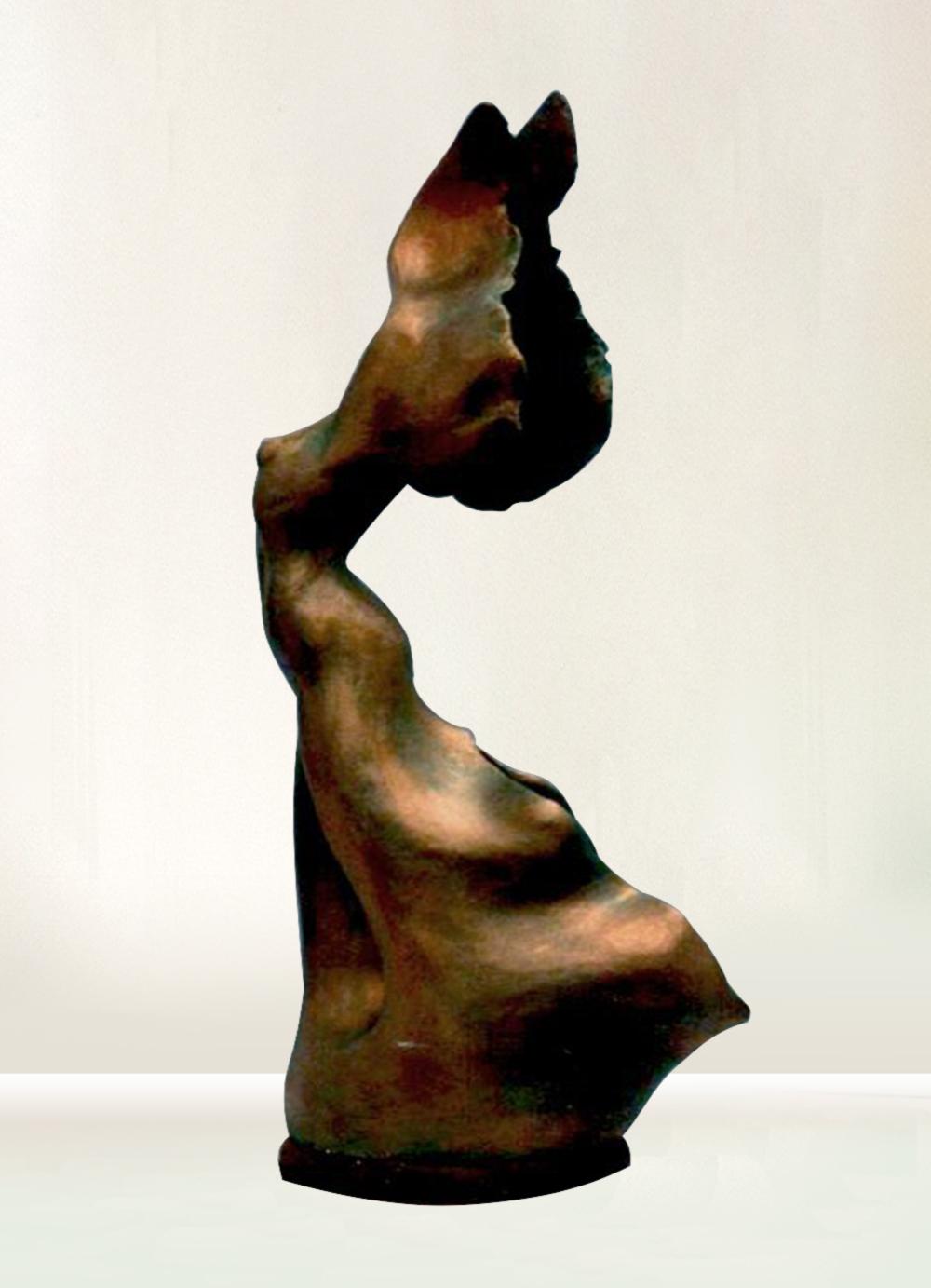 Escultura-Victoria-A-Figurativo-Abstracto-RD.Escultor