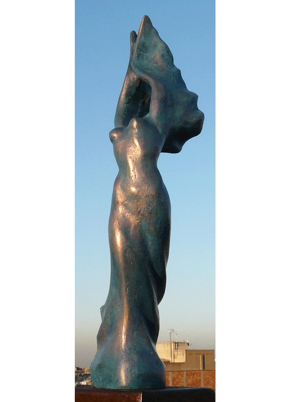 Escultura-Victoria-Bronce-B-Figurativo-Abstracto-RD.Escultor