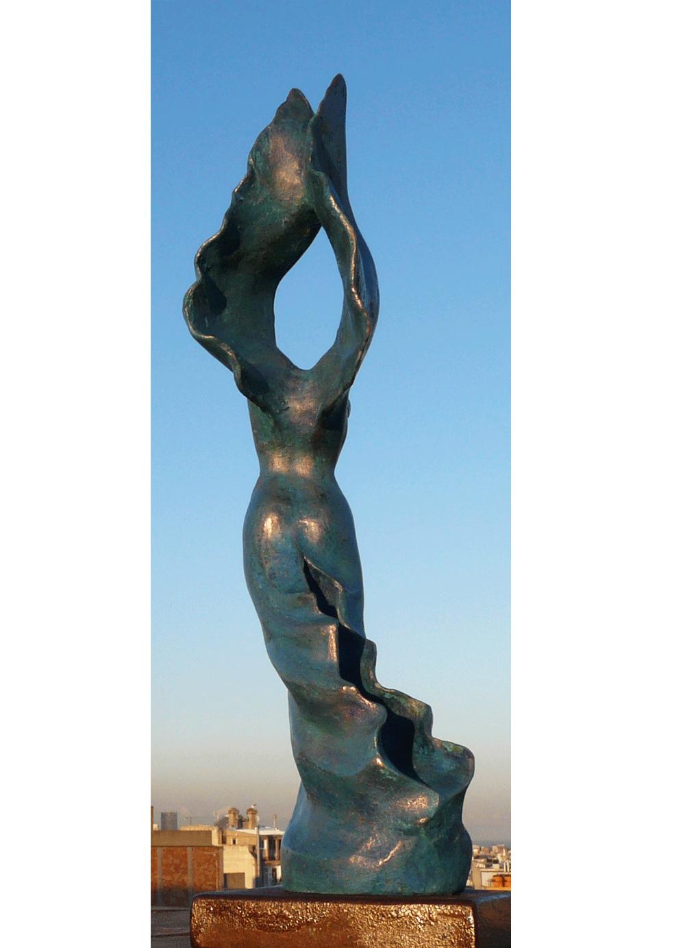Escultura-Victoria-C-Figurativo-Abstracto-RD.Escultor