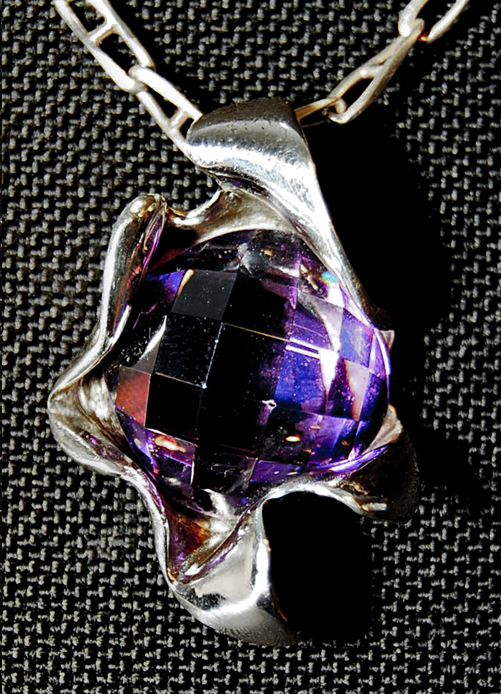 Joyeria-Colgante-violeta-Plata-RD.Escultor