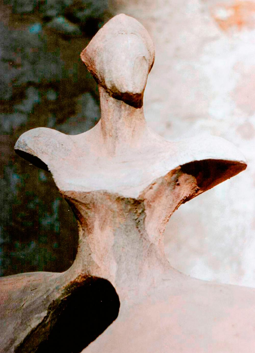 Menina-en-cupula-A-RD-Escultor