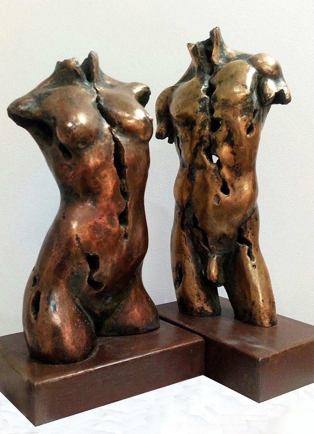 Esculturas-Bronce-Masculino-Femenino-A-C.Danone-RD.Escultor