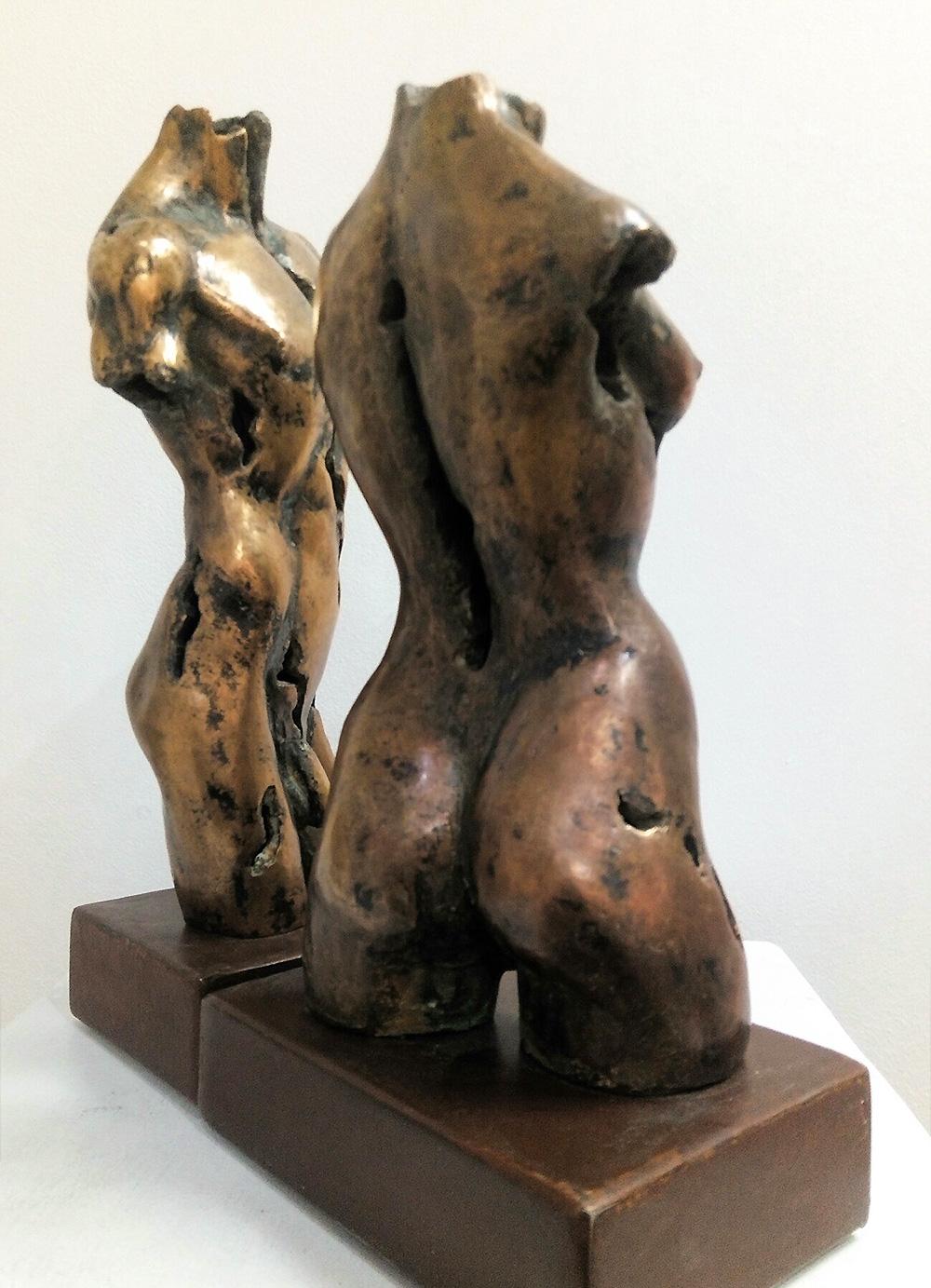 Esculturas-Bronce-Masculino-Femenino-B-C.Danone-RD.Escultor